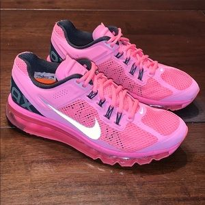 Nike Women's AirMax Polarized Pink